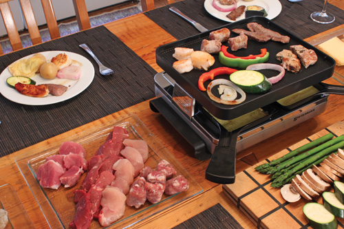 Swissmar products swissmar raclettee party grills - La table a raclette ...